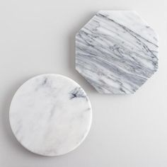 Crafted of real marble, our exclusive geometric cutting boards add a chic presentation to cheeses, meats, fruits, hors d'oeuvres and desserts while entertaining.