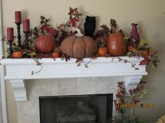 Mantel  Decorations : IDEAS & INSPIRATIONS :Fall Mantle