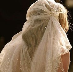 Mantilla de novia antigua