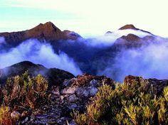 Esto es un amanecer en la cordillera de Talamanca, Costa Rica Paraíso Terrenal