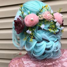 "Sarah Malinda (@beautymarkedbysarah) on Instagram: ""Flower power"