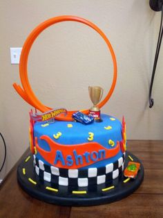 Hot Wheels Cake
