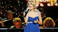 Carrie Underwood Performs Inspiring Rendition Of
