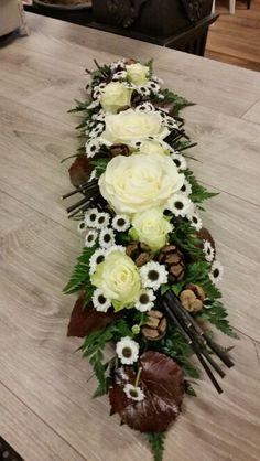 Fall Flowers, Diy Flowers, Fresh Flowers, Paper Flowers, Wedding Flowers, Fall Flower Arrangements, Funeral Arrangements, Funeral Flowers, Ikebana
