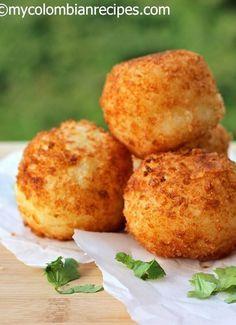 Bolitas de Yuca y Queso (Yuca Balls Stuffed with Cheese) | My Colombian Recipes