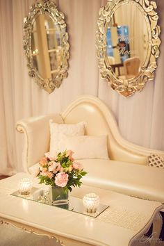 A beautifully arranged Baroque Chaise Lounge with Victorian Mirrors and soft pink centerpiece. Victorian Couch, Victorian Mirror, Romantic Home Decor, Romantic Homes, Pink Centerpieces, Lounge Areas, Home Decor Inspiration, Decor Ideas, Vintage Furniture