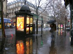 Paris in the rain, My French Country Home, French Living - Sharon Santoni