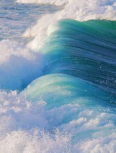 waves, sea, and ocean image No Wave, Water Waves, Sea Waves, Sea And Ocean, Ocean Beach, Beach Bath, Fuerza Natural, Image Nature Fleurs, Crashing Waves