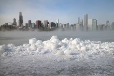 US polar vortex may be example of global warming Deep freeze gripping America may be tied to shrinking Arctic sea ice caused by manmade climate change, reports Climate Central - Guardian Lake Michigan Frozen, Lac Michigan, Chicago Skyline, New York Skyline, Chicago Usa, Chicago City, Chicago Illinois, Weather Change, Climate Change