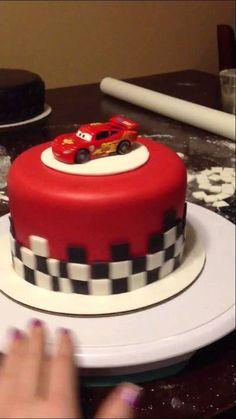 Tier II- Lightning McQueen Cake - YouTube - Google keresés