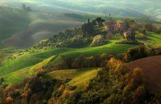 Under the Tuscan sun. De foto werd genomen in het dorpje Lucca in Italië.