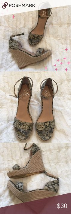 "Colin Stuart wedge sandals with ankle straps Pre loved Colin Stuart wedge sandals with ankle straps. Super cute with jeans or a dress! Approx 5"" heel with a 1.25"" platform at the toes. Colin Stuart Shoes Wedges"
