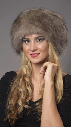 Cappello in volpe grigio-zaffiro  www.amifur.com