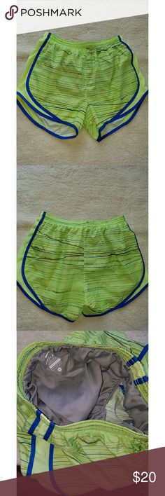 💥️ DRI FIT SHORTS NIKE DRI FIT FULLY LINED SHORTS EUC shades of green with blue stripes on the sides. Nike Shorts