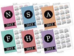 50 % RABATT SALE! 2015 Chevron Kalender mit angepasst Farbe & Monogramm - Printable 8 x 10 Initial Letter Personalisierung (Wählen Sie Ihre Farbe!)
