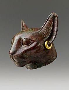 TEFAF - Head of a cat Bronze Height 7 cm Egypt, Third Intermediate Period, circa BC Ancient Art, Ancient Egypt, Bastet Goddess, Seattle Art, Cat Statue, Artwork Images, Gods And Goddesses, Ancient Civilizations, Art Fair