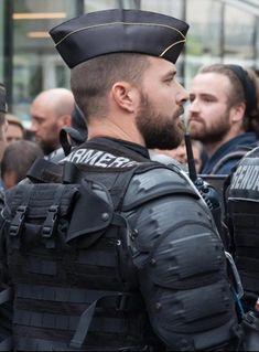 Soldier Haircut, Sexy Military Men, Hot Country Men, Garrison Cap, Police, Hot Cops, Beautiful Men Faces, Men In Uniform, Male Face