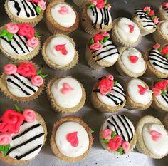 Kate Spade cupcake bites