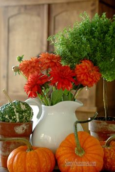 Simply Suzanne's AT HOME: Fall Vignette