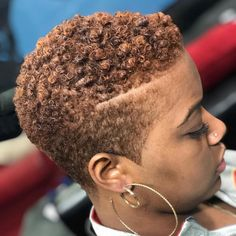 16 Fade Haircut Women Natural Hair Colour Big Chop Hairstyles Colour fade Hair H. Short Natural Styles, Natural Hair Short Cuts, Short Natural Haircuts, Short Curly Hair, Short Hair Cuts, Curly Hair Styles, Tapered Haircut Natural Hair, Short Styles, Pixie Natural Hair