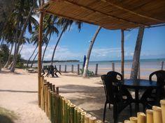 Pousada pé na areia tranquilidade e segurança. Sejam bem vindos a Pousada chales dos Encantos. chalesdosencantos@gmail.com