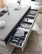 Oak kitchen with island NANTÌA | Oak kitchen - TONCELLI CUCINE: The exclusive Toncelli professional cooking unit
