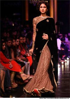 Lakme India Fashion Week Winter 2014 Sabysachi beige glitter and black sari. India Fashion Week, Lakme Fashion Week, Tokyo Fashion, Street Fashion, Indian Fashion Designers, Indian Designer Wear, Indian Attire, Indian Ethnic Wear, Ethnic Fashion