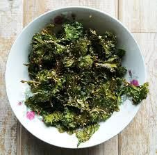 #Kale chips #raw #ealthy and delicious #snack