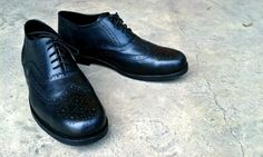 Wingtip Shoes. Upper : pull up cow leather Linning : Suede Fabric Sole : Black Leather Sole #madetoorder