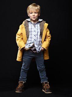 Manteau duffle coat    chemise à carreaux manches longues    jean slim     bottines en  cuir - Collection automne hiver 2013 - www.vertbaudet.fr f4c249f6c366