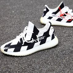 62 Ideas Sneakers Head Yeezy For 2019 Sneakers Mode, Best Sneakers, Shoes Sneakers, Adidas Shoes, Mens Fashion Shoes, Sneakers Fashion, Fashion Outfits, Yezzy Shoes Women, Supreme Shoes