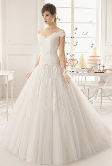Try this site http://elitebridal.com.au/ for more information on Wedding Dresses Chermside. The first as well as he crucial point you should take into consideration is to have clear thoughts regarding your body shape. Physique is the most priceless criterion in selecting wedding dresses. Various individuals have different physique, and also there are should be a best one suit for you if you are choosing it meticulously.