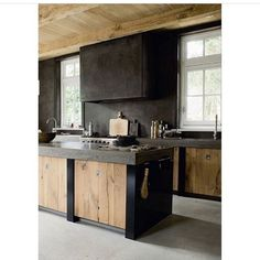 Madeira na cozinha! #kitchen #wood #madeira #decor #design #homedecor #homestyle #getinspired #radardesign