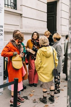 MILAN FALL 18/19 STREET STYLE III | Collage Vintage | Bloglovin'