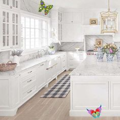 Insanely Gorgeous All White Kitchens - Happy Haute Home  <br> Even though the trend for 2019 is shifting towards dark cabinets in the kitchen, the allure of a white kitchen still has me hooked. Let's face it, white kitchens are classic. They are bright, clean, and easy to decorate. A white kitchen is timeless and won't get boring or appear dated after a few years.… Continue reading → Classic Kitchen, All White Kitchen, White Kitchen Cabinets, New Kitchen, Kitchen Decor, Dark Cabinets, Kitchen Ideas, Kitchen Inspiration, Kitchen Backsplash