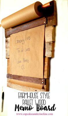 Farmhouse style DIY pallet wood memo board. http://www.cupcakesandcrinoline.com