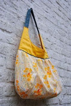 Beautiful Bag Tutorial DIY. I like airy and spacious summer bags.