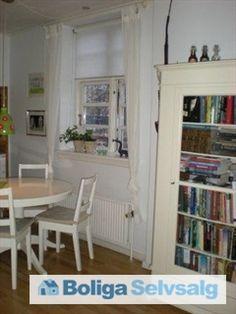 Kasernevej 26, st. tv., 4300 Holbæk - Lys og velholdt andel nær centrum, park og fjord #andel #andelsbolig #andelslejlighed #holbæk #selvsalg #boligsalg #boligdk