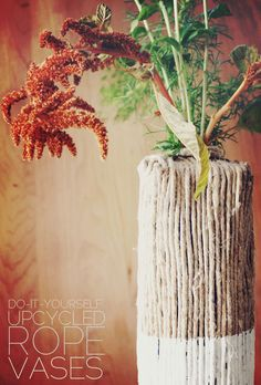 There are two type of interior decorators; those who love collecting houseplants and those who don't.  If you're into the first type of people, then you're gonna love these DIY plant stand ideas!