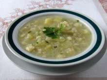 Kalerábová polievka pre deti Cheeseburger Chowder, Risotto, Soup, Ethnic Recipes, Kid Recipes, Peeling Potatoes, Eat Lunch, Cooking, Food Food