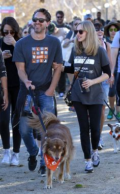 Amanda Seyfried, Finn, & Thomas Sadoski from The Big Picture: Today's Hot Pics The actress and her fiance take their dog to 'Strut Your Mutt' fundraiser in Los Angeles.