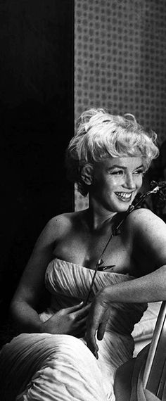 rare marilyn monroe photos released | Marilyn Monroe: Iconic Old Photo Gallery