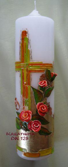 Diese einzigartige Hochzeitskerze besticht sofort durch ihre Goldunterlage und die lebensechten Rosen.    Auf eine, mit Blattgold vergoldete, Kerze wu
