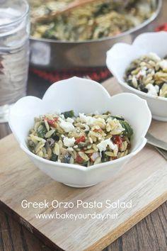 Greek Orzo Pasta Salad | www.bakeyourday.net