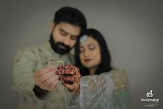 Ways to Take Social Media Worthy Photos of your Engagement Ring Engagement Ring Pictures, Buying An Engagement Ring, Engagement Rings, Indian Wedding Photography Poses, Image Photography, Meaningful Photos, From Miss To Mrs, Film Images, Romantic Moments