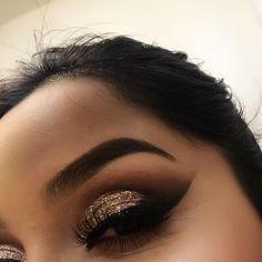 #makeup #girl #fashion #eyeshadows #eyelashes #eyebrows #hair #girly #luxury