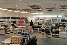 ITALY. Bologna Airport and Gebr Heinemann today officially open the first Heinemann Duty Free store in Italy. The Moodie Report is on location there.