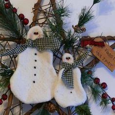 A Frosty Holiday Snowman and Grapevine Star by SnowmanCollector, $23.50