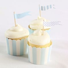 Exclusively Weddings | Blue Flag Cupcake Toppers