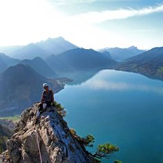 The best view comes after the hardest climb #mahdlgupf #klettersteig #viaferrata #attersee #schoberstein #visitaustria #discoveraustria #feelaustria